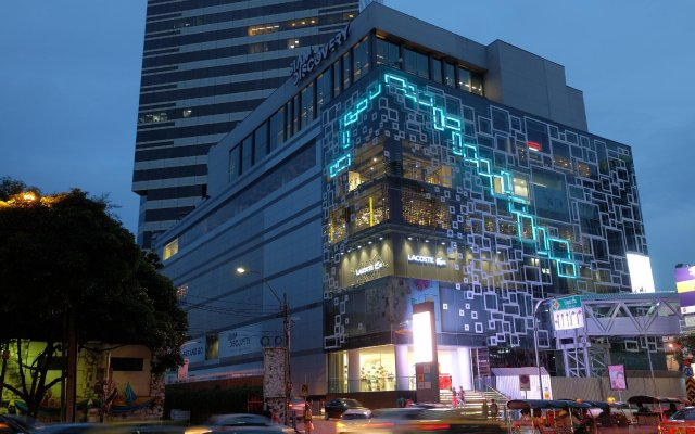 BTS Khaosan Hostel Бангкок вид на фасад
