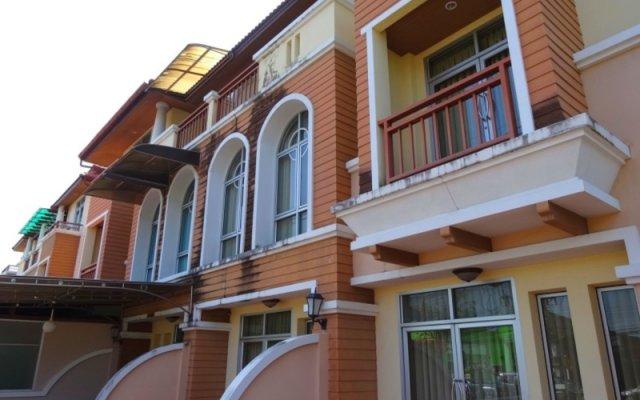 Baan Sakdidet Hotel Пхукет вид на фасад