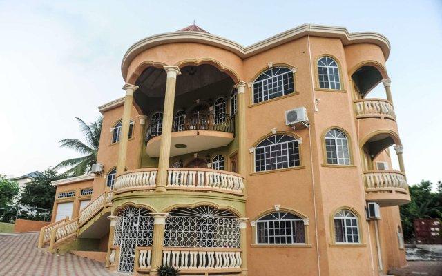 Отель Eagles Nest Ямайка, Монтего-Бей - отзывы, цены и фото номеров - забронировать отель Eagles Nest онлайн вид на фасад