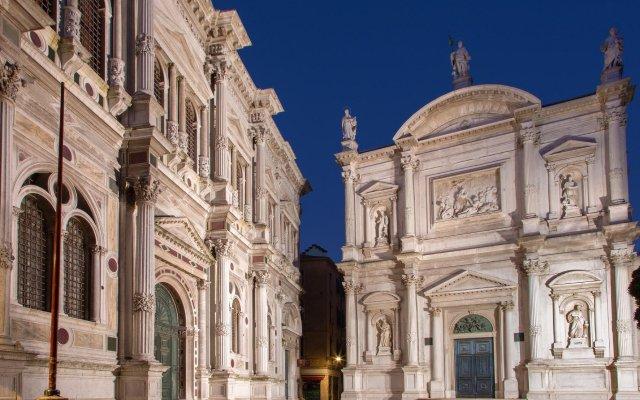 Отель Locanda Salieri Италия, Венеция - 1 отзыв об отеле, цены и фото номеров - забронировать отель Locanda Salieri онлайн вид на фасад