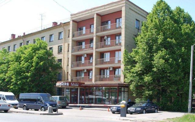 Гостиница Киевская на Курской вид на фасад