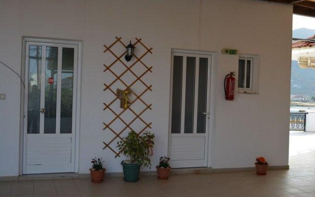 Отель Апарт-отель Montes Studios & Apartments Греция, Закинф - отзывы, цены и фото номеров - забронировать отель Апарт-отель Montes Studios & Apartments онлайн вид на фасад