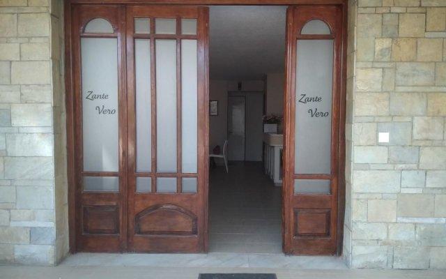 Отель Zante Vero Rooms Греция, Закинф - отзывы, цены и фото номеров - забронировать отель Zante Vero Rooms онлайн вид на фасад