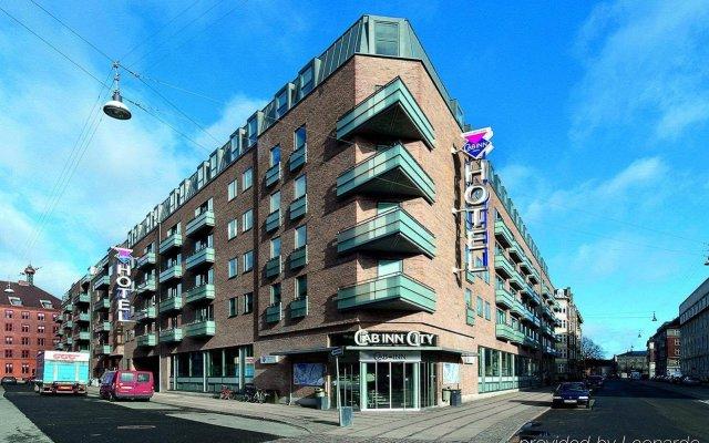 CABINN City Hotel вид на фасад