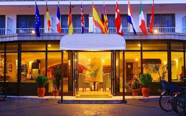 Club Hotel Tonga Mallorca вид на фасад