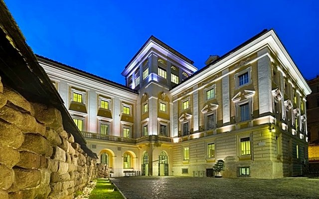 Отель Palazzo Montemartini вид на фасад