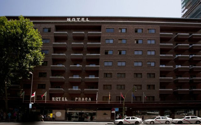 Отель Praga Испания, Мадрид - отзывы, цены и фото номеров - забронировать отель Praga онлайн вид на фасад