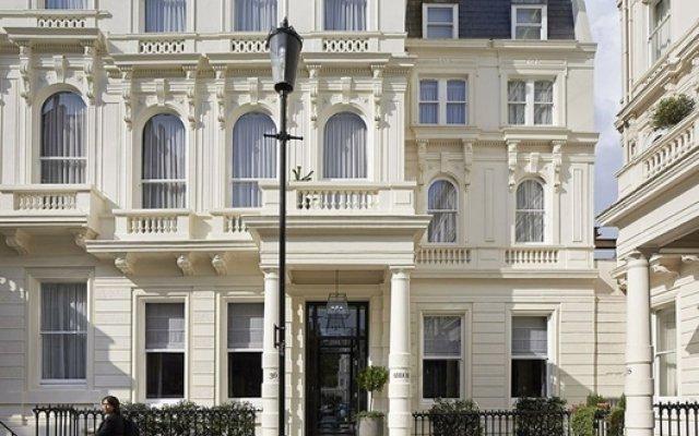 London Guards Hotel Лондон вид на фасад