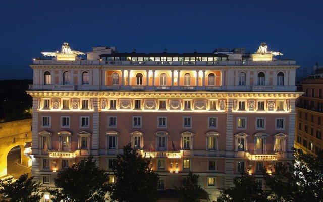 Rome Marriott Grand Hotel Flora вид на фасад