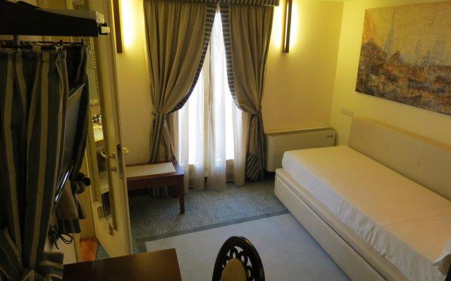 Отель Dei Dragomanni Венеция комната для гостей