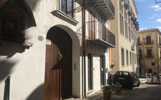 Отель Casa Aurora Италия, Палермо - отзывы, цены и фото номеров - забронировать отель Casa Aurora онлайн вид на фасад