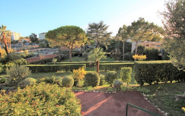 Fully Equipped Appartment 100 m2 Clear View on the sea and Californie Hills 0