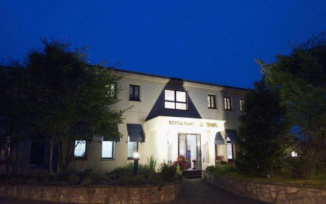 Отель Auberge Le Temps Ито вид на фасад