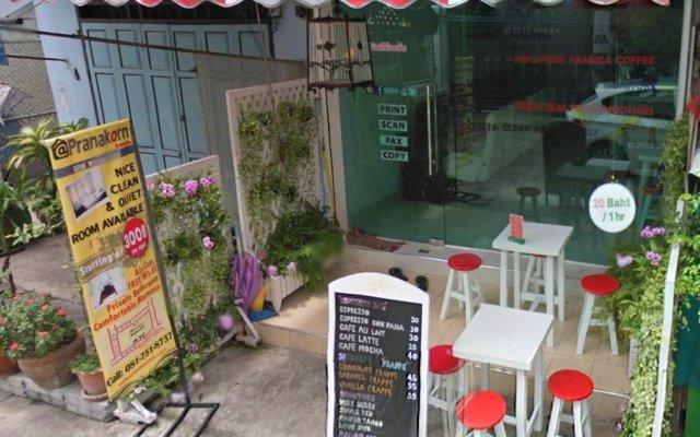 Отель At Phranakorn Inn Таиланд, Бангкок - отзывы, цены и фото номеров - забронировать отель At Phranakorn Inn онлайн с домашними животными