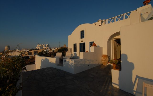 Отель Heliotopos Hotel Греция, Остров Санторини - отзывы, цены и фото номеров - забронировать отель Heliotopos Hotel онлайн вид на фасад