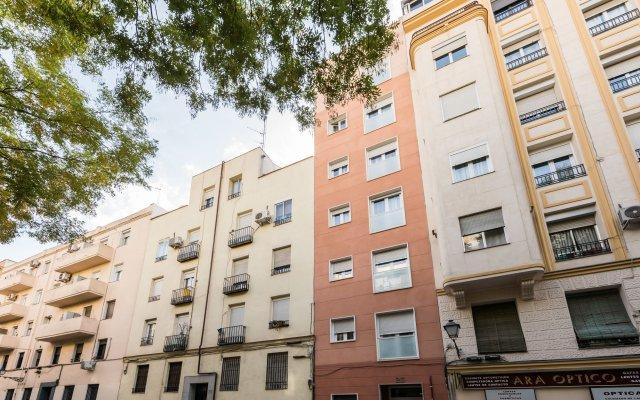 Отель Madrid SmartRentals Delicias вид на фасад