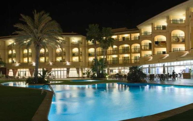 Отель Apartamentos Blau Parc Испания, Сан-Антони-де-Портмань - 1 отзыв об отеле, цены и фото номеров - забронировать отель Apartamentos Blau Parc онлайн вид на фасад