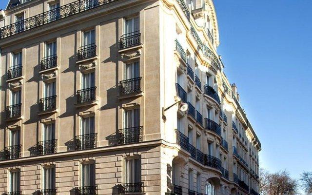 Отель Hôtel Perreyve вид на фасад