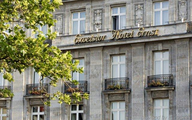 Отель Excelsior Hotel Ernst am Dom Германия, Кёльн - 9 отзывов об отеле, цены и фото номеров - забронировать отель Excelsior Hotel Ernst am Dom онлайн вид на фасад