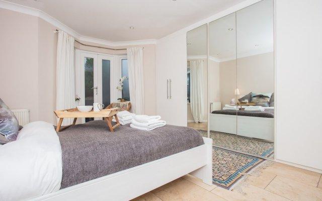 Апартаменты 1 Bedroom Apartment in City Centre Брайтон комната для гостей
