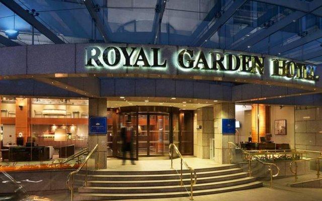 Отель Royal Garden Hotel Великобритания, Лондон - 8 отзывов об отеле, цены и фото номеров - забронировать отель Royal Garden Hotel онлайн вид на фасад