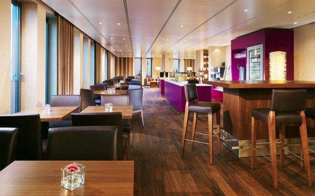 Отель Berlin Marriott Hotel Германия, Берлин - 3 отзыва об отеле, цены и фото номеров - забронировать отель Berlin Marriott Hotel онлайн гостиничный бар