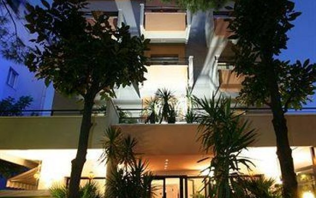 Hotel Aldebaran Римини вид на фасад