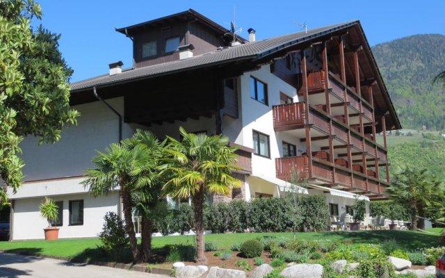 Hotel Salgart Меран вид на фасад