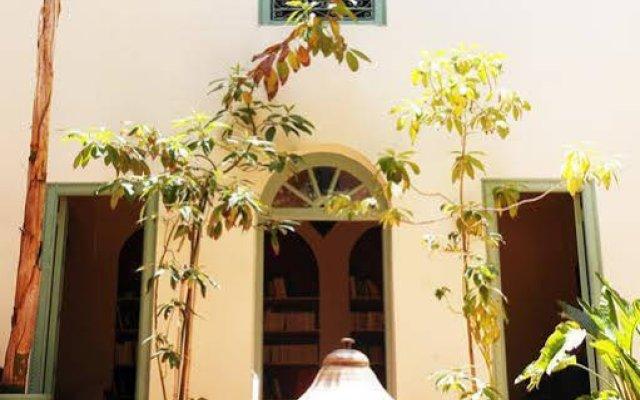 Отель Riad Helen Марокко, Марракеш - отзывы, цены и фото номеров - забронировать отель Riad Helen онлайн вид на фасад