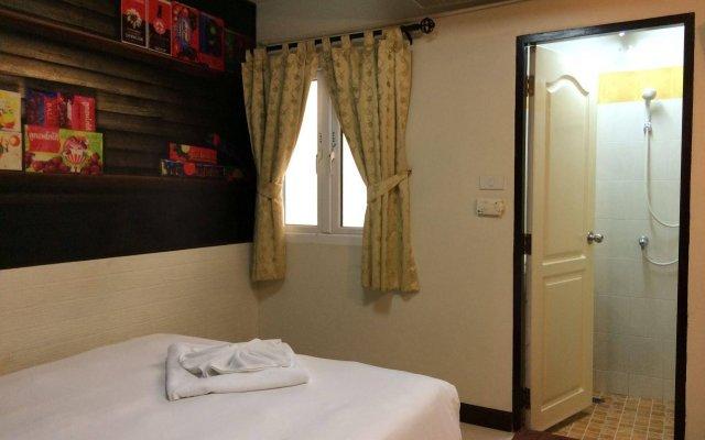 Отель Rikka Inn Бангкок комната для гостей