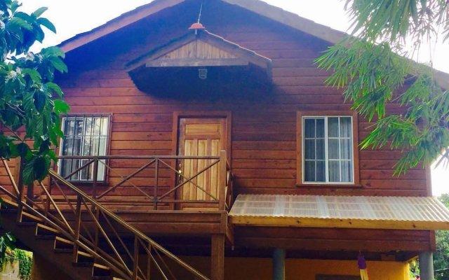 Отель Anchor Inn Гондурас, Остров Утила - отзывы, цены и фото номеров - забронировать отель Anchor Inn онлайн вид на фасад