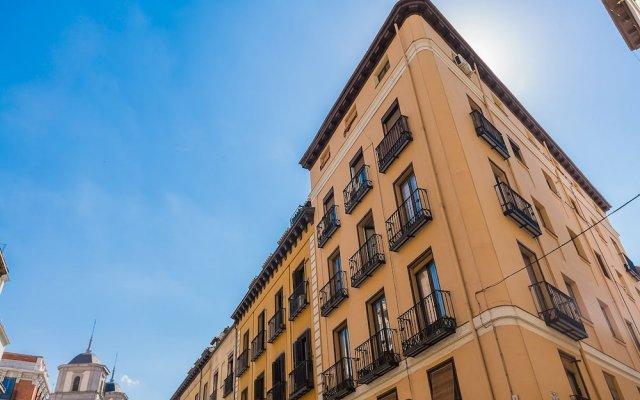 Отель Home Club Toledo III вид на фасад