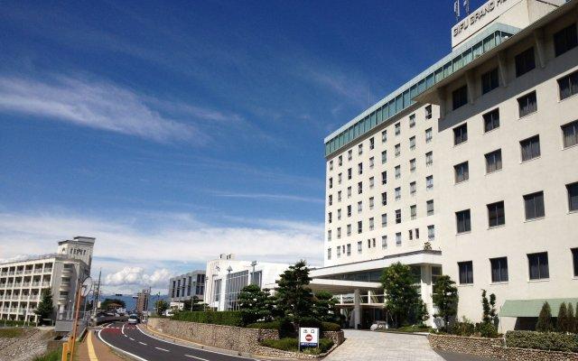 Gifu Grand Hotel вид на фасад
