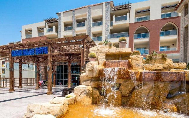 Hawaii Caesar Palace Hotel & Aqua Park - Families and Couples only вид на фасад