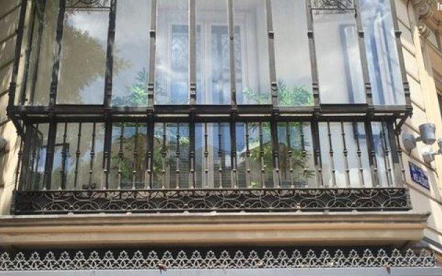 Отель Adler Испания, Мадрид - 8 отзывов об отеле, цены и фото номеров - забронировать отель Adler онлайн вид на фасад