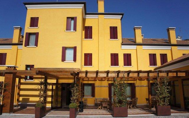 Hotel Villa Costanza вид на фасад