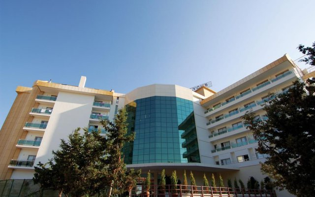 Lycus Beach Hotel вид на фасад