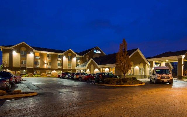 Отель Best Western Port Columbus США, Колумбус - отзывы, цены и фото номеров - забронировать отель Best Western Port Columbus онлайн вид на фасад