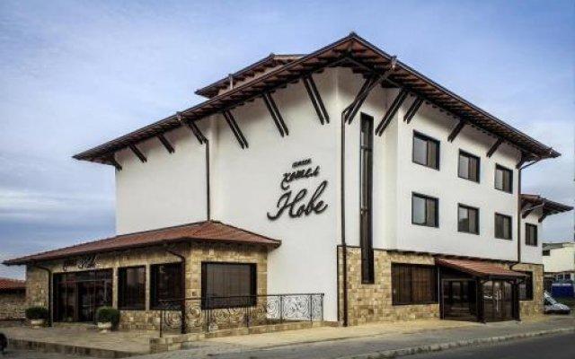 Отель Nove Болгария, Свиштов - отзывы, цены и фото номеров - забронировать отель Nove онлайн вид на фасад