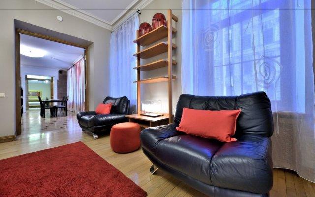 Апартаменты BELLE apartment on Italianskaya комната для гостей