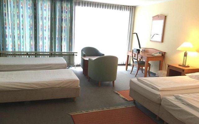 Отель Sunotel Kreuzeck комната для гостей