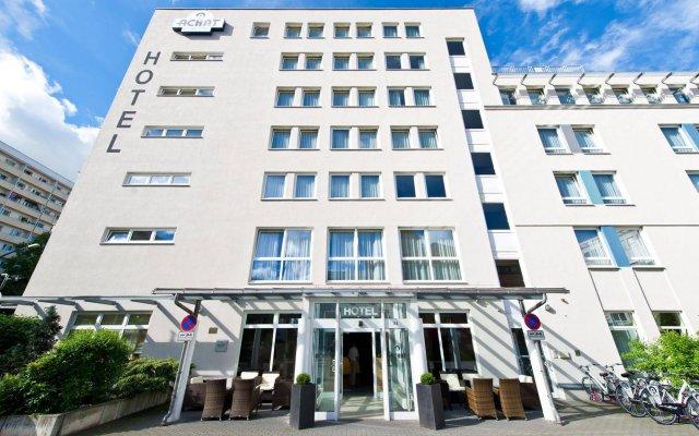 Отель ACHAT Comfort Hotel Dresden Altstadt Германия, Дрезден - 6 отзывов об отеле, цены и фото номеров - забронировать отель ACHAT Comfort Hotel Dresden Altstadt онлайн вид на фасад