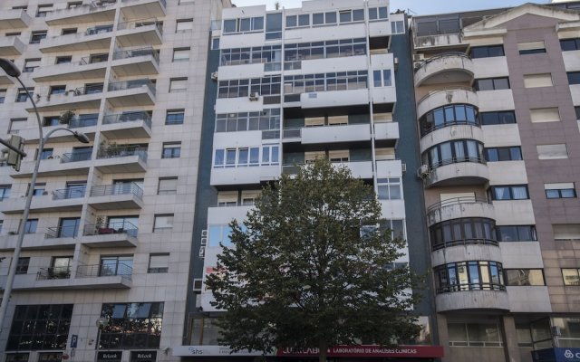 Отель Portuguese Living Columbano Executive вид на фасад