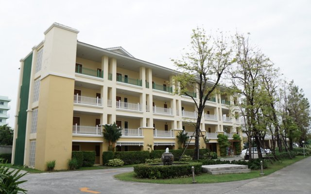 Отель The One Residence вид на фасад
