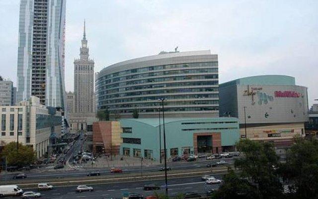 Отель Warsawrent Apartamenty Centralna Польша, Варшава - отзывы, цены и фото номеров - забронировать отель Warsawrent Apartamenty Centralna онлайн вид на фасад