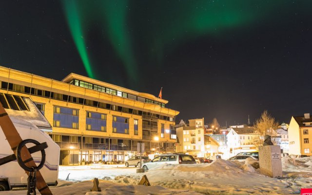 Thon Hotel Harstad вид на фасад