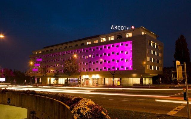 Отель ARCOTEL Kaiserwasser Vienna вид на фасад