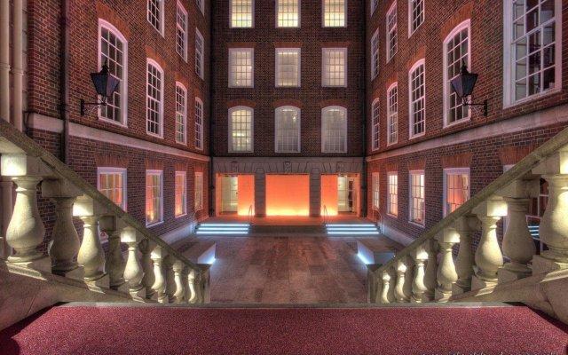 Отель Apex Temple Court Hotel Великобритания, Лондон - отзывы, цены и фото номеров - забронировать отель Apex Temple Court Hotel онлайн вид на фасад