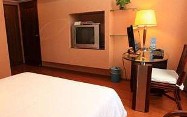 Hedong Hotel Шэньчжэнь удобства в номере