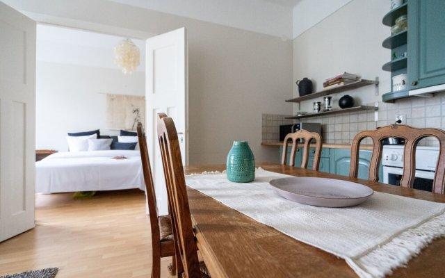 Отель Roost Hietaniemenkatu Финляндия, Хельсинки - отзывы, цены и фото номеров - забронировать отель Roost Hietaniemenkatu онлайн комната для гостей